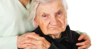 'Social prescribing' may help lonely older adults to avoid harmful sedatives and painkillers